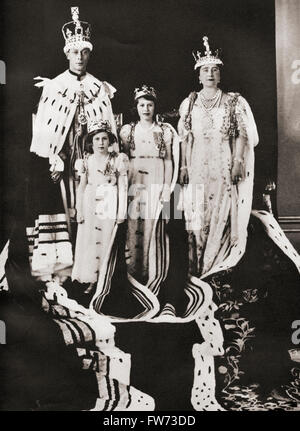 King George VI and his wife Queen Elizabeth seen here the day of their coronation, 12 May, 1937, with their daughters - Stock Photo