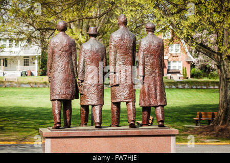 Sculpture on campus of North Carolina A&T State University honors the Greensboro Four who as freshmen staged February 1 1960 sit Stock Photo