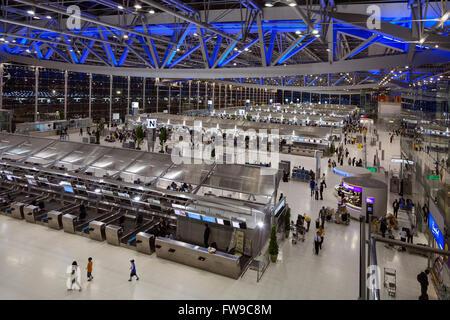 Check-in hall, departure lounge, Suvarnabhumi Airport, Bangkok, Samut Prakan Province, Thailand - Stock Photo