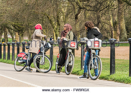 hyde park muslim girl personals The london free press: find the latest happenings in london, on, canadian and world breaking news, multimedia, reviews, opinion, business, sports, entertainment, travel, agriculture, energy, technology, food, health, books, movies & more at lfpresscom.
