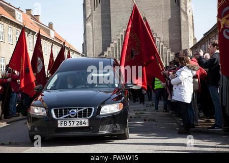 Copenhagen, Denmark, April 2nd, 2016. The hearse is leaving Grundvigs Kirke with the coffin of former Danish Prime - Stock Photo