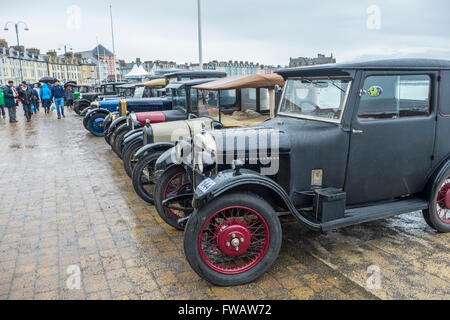 Aberystwyth, Wales, UK. 2nd April, 2016. Hundreds of vintage and classic cars displayed on the promenade at Aberystwyth - Stock Photo