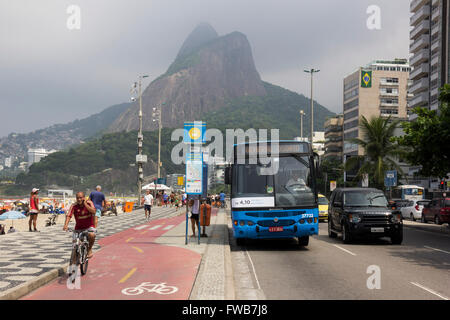 Rio de Janeiro, 2 April 2016: This Saturday the value of the Carioca Metro tickets were adjusted to R$ 4.10 (the - Stock Photo