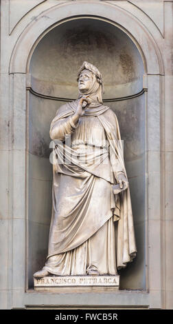 Florence, Florence Province, Tuscany, Italy.  Statue in Piazzale degli Uffizi of Italian scholar and poet Petrarch - Stock Photo