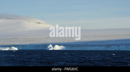 The icecap of the Antarctic Peninsula comes down to the sea between Hope Bay and Brown Bluff - Stock Photo