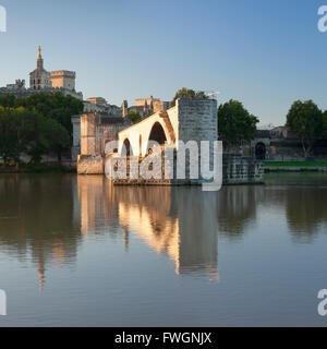 Bridge St. Benezet over Rhone River with Papal Palace behind, UNESCO, Avignon, Vaucluse, Provence-Alpes-Cote d'Azur, - Stock Photo