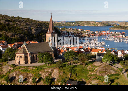View over harbour and town with Vetteberget cliff, Fjallbacka, Bohuslan Coast, Southwest Sweden, Sweden, Scandinavia, - Stock Photo