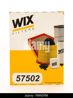 Winneconne, WI - 23 August 2015:  Box of a Wix oil flter. - Stock Photo