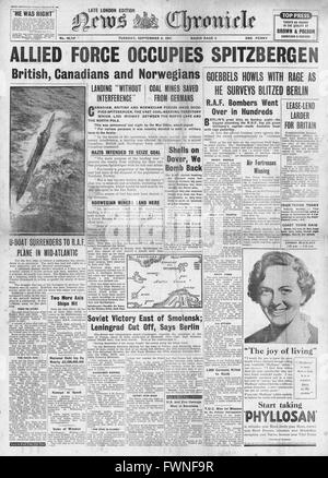 1941 front page News Chronicle Allied Forces occupy Spitzbergen - Stock Photo