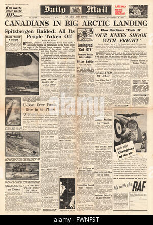 1941 front page  Daily Mail Allied Forces occupy Spitzbergen - Stock Photo