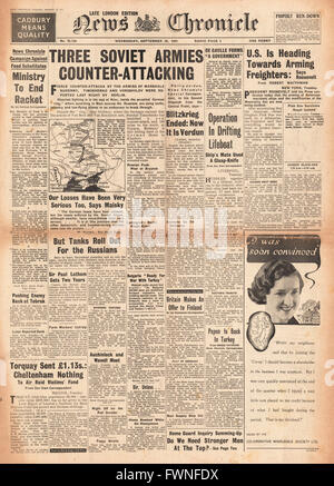 1941 front page News Chronicle Three Russian Armies Counter Attacking - Stock Photo
