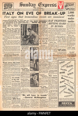 1941 front page Sunday Express Unrest in Italy - Stock Photo