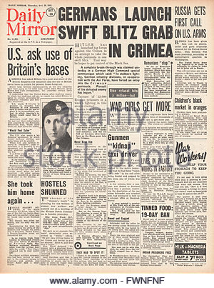 1941 front page Daily Mirror Battle for the Crimea - Stock Photo