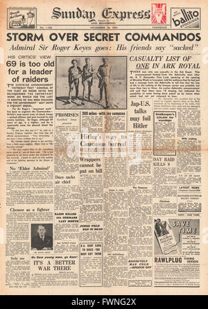 1941 front page Sunday Express  Training of British Commandos - Stock Photo