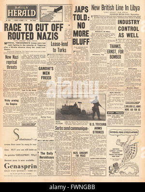 1941 front page Daily Herald  Battle for Libya and Mariupol - Stock Photo