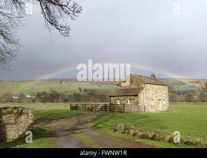 Holwick, Middleton-in-Teesdale, Co Durham, UK. 6th April 2016.  April showers in Teesdale as the sun lights a dramatic - Stock Photo