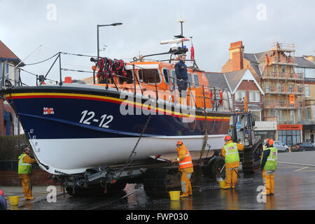 Bridlington, UK. 06th Apr, 2016. RNLI crew cleaning the lifeboat in Bridlington, UK, 6th April 2016 Credit:  Barbara - Stock Photo