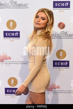 Berlin, Germany. 07th Apr, 2016. Actress Sophia Thomalla arrives to the 25th Echo music award ceremony in Berlin, - Stock Photo
