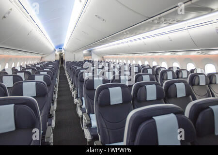 Interior boeing 787 dreamliner stock photo royalty free for Interior 787 dreamliner