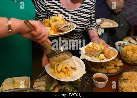 Pub buffet Leicestershire Uk HOMER  SYKES - Stock Photo