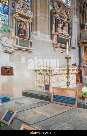 Shakespeare's burial place in Holy Trinity Church, Stratford Upon Avon, Warwickshire, England. - Stock Photo