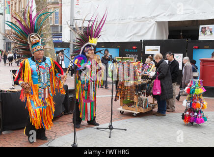 Peruvian buskers playing south american music in Broad Street, Reading, Berkshire UK - Stock Photo