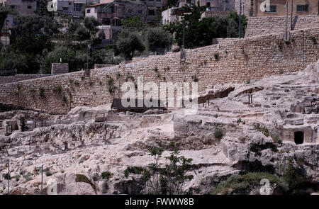 Jerusalem, Israel. 7th April, 2016. An archeology excavation in the Palestinian neighborhood of Silwan located on - Stock Photo