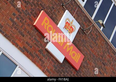 Royal Mail Sorting Office, Walton Road, West Molesey, Surrey, England, Great Britain, United Kingdom, UK, Europe - Stock Photo