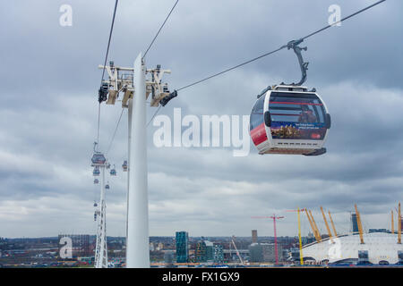Emirates Air Line (cable car) also known as Sky Train.  Crossing the River Thames at Greenwich London - Stock Photo