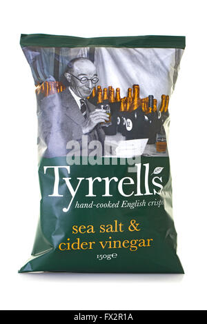 Tyrrells hand cooked Sea Salt & Cider Vinegar English crisps - Stock Photo