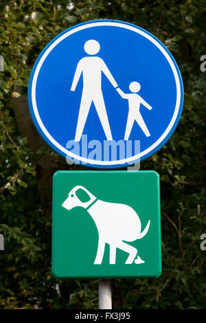 Sign for walking path and dog toilet in Leiden, Holland - Stock Photo