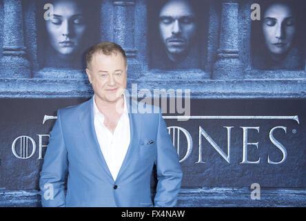 Hollywood, California, USA. 10th Apr, 2016. Owen Teale as Alliser Thorne --- HBO's Game of Thrones 2016 Season Premiere - Stock Photo