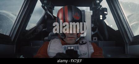 Star Wars: Episode VII - The Force Awakens Year : 2015 USA Director : J.J. Abrams Oscar Isaac - Stock Photo