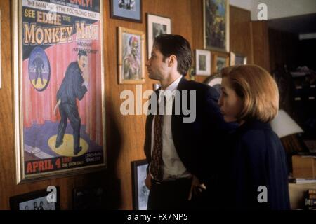 The X Files TV Series 1993 - 2002 USA 1996 Season 4 Created by Chris Carter David Duchovny , Gillian Anderson - Stock Photo