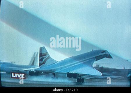 Archive image of last flight of British Airways BAC/Aerospatiale Concorde,  Speedbird 002 landing at London Heathrow, - Stock Photo