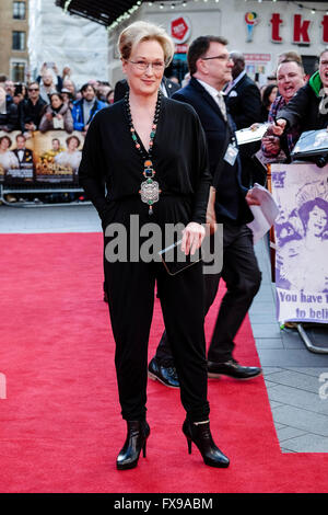The European premiere of FLORENCE FOSTER JENKINS on 12/04/2016 at ODEON Leicester Square, London. Pictured:  Meryl - Stock Photo