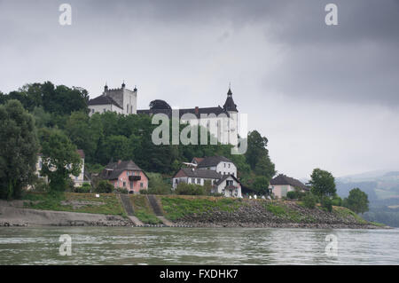 Castle Ottensheim - view from the danube