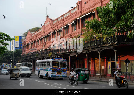 Sri Lanka Colombo, colonial building Manning Mansion, Hotel Nippon and street traffic - Stock Photo