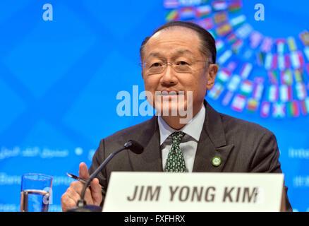 Washington, DC, USA. 14th Apr, 2016. World Bank President Jim Yong Kim speaks at a press conference during the IMF - Stock Photo