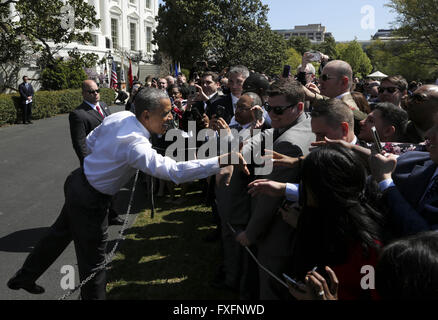 Washington, District of Columbia, USA. 14th Apr, 2016. United States President Barack Obama shakes hands with the - Stock Photo