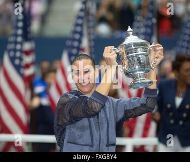 Flavia Pennetta, ITA, holding the winner's cup, US Open 2015, Grand Slam tennis tournament, Flushing Meadows, New - Stock Photo