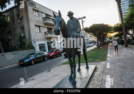 A statue of Meir Dizengoff riding his Mare by David Zundelovitch at Rothchild Boulevard in Tel Aviv city, Israel - Stock Photo