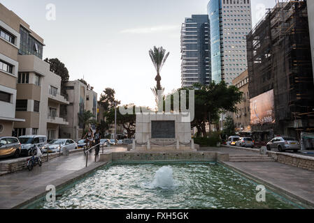 Tel Aviv Founders Monument and frountain at Rothchild Boulevard in Tel Aviv, Israel - Stock Photo