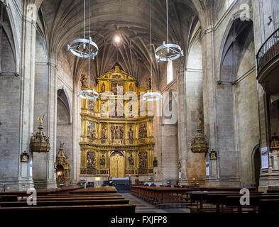 Parishioners in nave of Santiago el Real church in Logroño. This church is dedicated to St. James. La Rioja, Spain. - Stock Photo