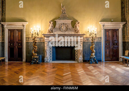 Italy Liguria Genoa - Piazza della Meridiana - Rolli Palace - Palace Gerolamo Grimaldi Sec XVI - Palazzo della Meridiana - Stock Photo
