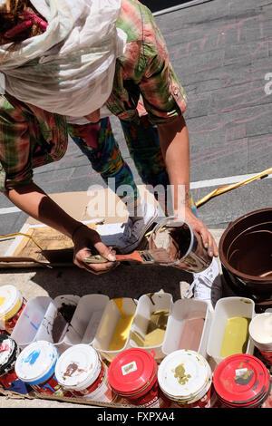 Jerusalem, Israel. 17th April, 2016. Italian artist, FRANCESCA ARSI, prepares a three dimensional painting in the - Stock Photo