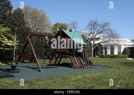 Washington, DC, USA. 17th Apr, 2016. The Obama daughters' swing/play set, seen with the Oval Office of the White - Stock Photo