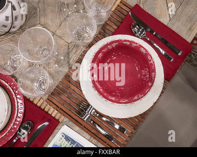 picnic outdoor table setting demo and display in home and garden trade show stock photo - Home And Garden Trade Shows