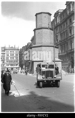 Graben in Wien mit eingemauerter Pestsäule - Stock Photo