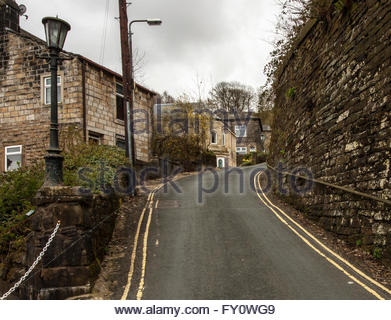 Steep hill leading to Honey Hole in Todmorden, Lancs, UK - Stock Photo